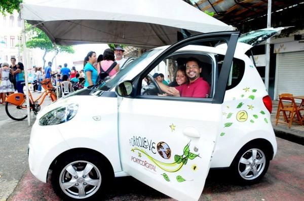 O Porto Leve é composto de carros elétricos - Crédito: Reprodução/Facebook