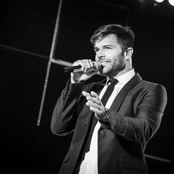 Ricky Martin vem ao Brasil para dueto com Ivete Sangalo - Crédito: Reprodução/Facebook