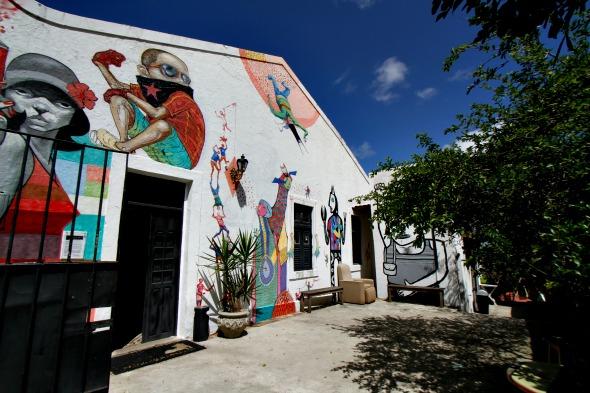 Casa do Cachorro Preto sedia a exposição Delas#3 - Crédito: Blenda Souto Maior/DP