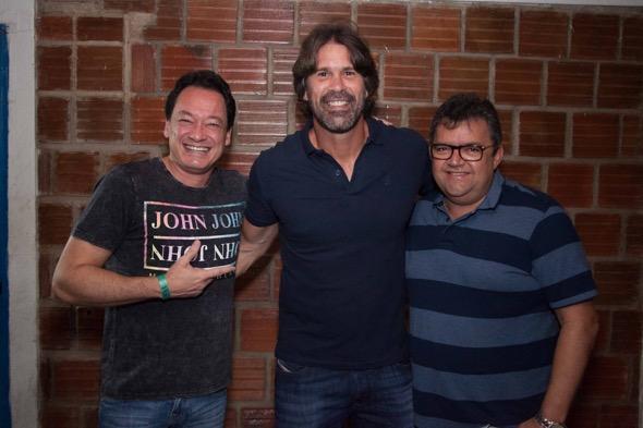 Pedro Neto, André Gimk e Roberto Costa. Crédito: Vito Sormany / Divulgação