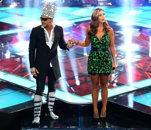 Carlinhos Brown e Ivete Sangalo no palco do reality - Crédito: Isabella Pinheiro/Gshow