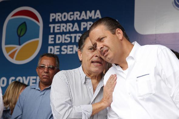 João Lyra Neto e Eduardo Campos. Crédito: Roberto Ramos / DP