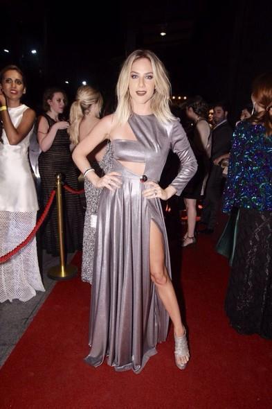 Gio Ewbank. Crédito: Reprodução site Glamour