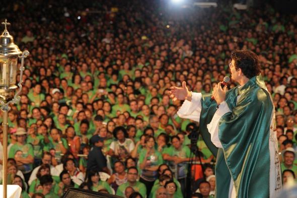 Padre Reginaldo Manzotti Crédito: Gil Vicente/DP