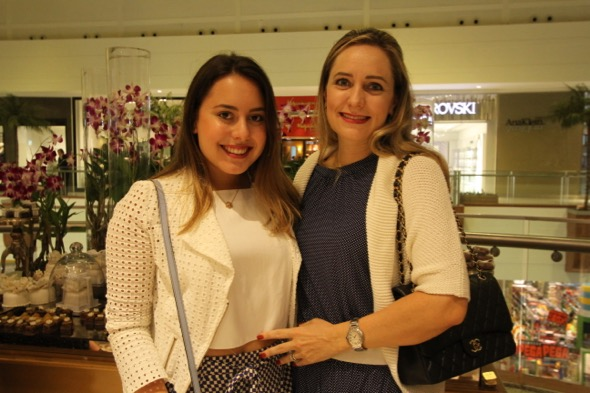 Carolina e Karina Simões. Crédito: Nando Chiappetta / DP