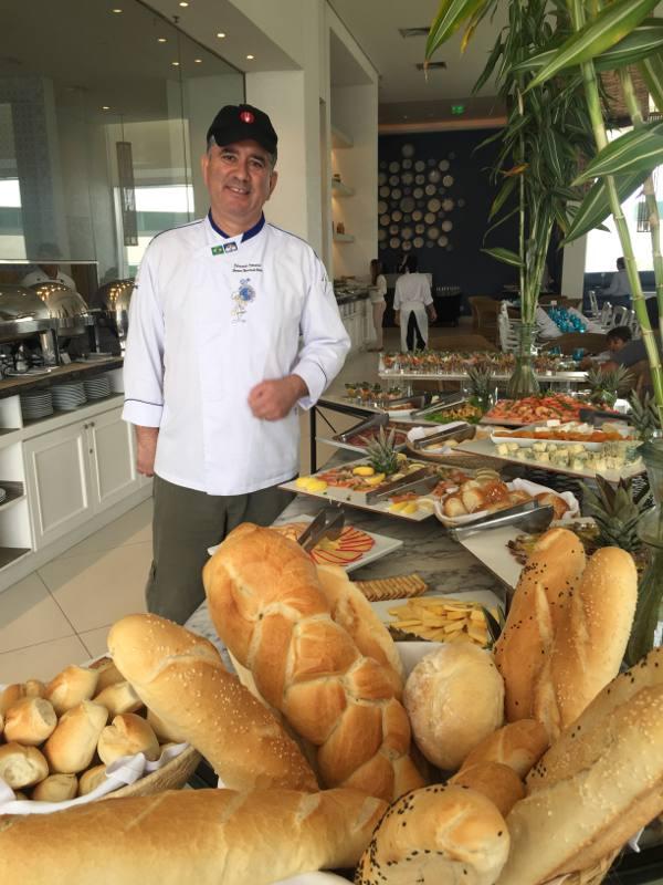 O chef Fernando Fonseca e os paes