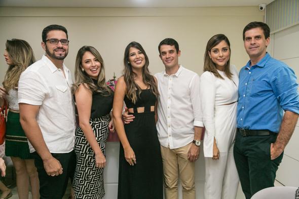 Hugo Paiva, Paula Moura, Zenaide e Felipe Pontes, Vanessa e Carlos Tinoco. Crédito: Tatiana Sotero / DP