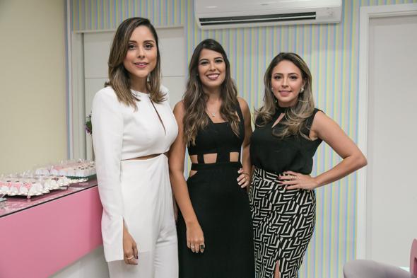 Vanessa Tinoco, Zenaide Pontes e Paula Moura. Crédito: Tatiana Sotero / DP