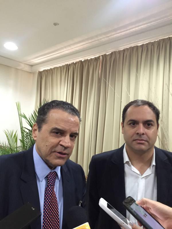 Henrique Eduardo Alves e Paulo Câmara