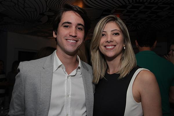 Bruno Alheiros e Amanda Dias - Crédito: Roberto Ramos/DP