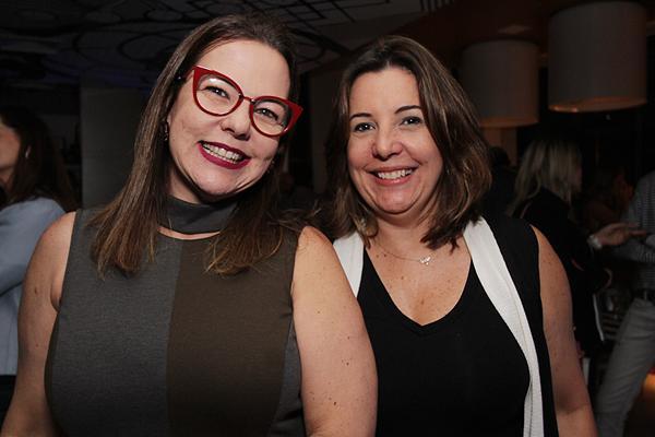 Isabela Coutinho e Carla Cavalcanti - Crédito: Roberto Ramos/DP