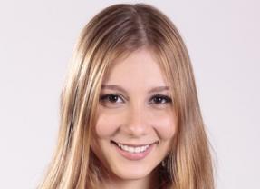 Bella Schneider, ex- The Voice, é ameaçada de estupro e de morte