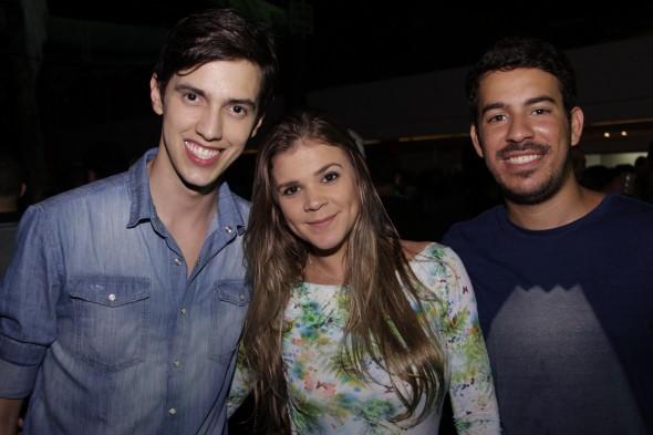 Magno Costa, Cris Nobrega e Tailson Benjamin. Crédito: Gil Alves