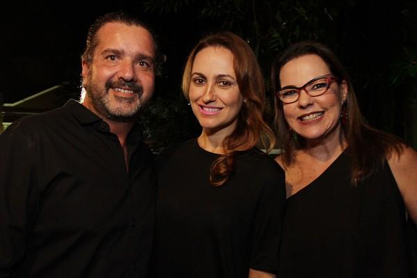 Humberto Zirpoli, Ana Alice Zirpoli e Isabela Coutinho - Crédito: Roberto Ramos/DP