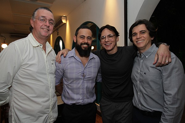 Andre Wanderley, Claudio Campello, Zezinho e Turibio- Crédito: Roberto Ramos/DP