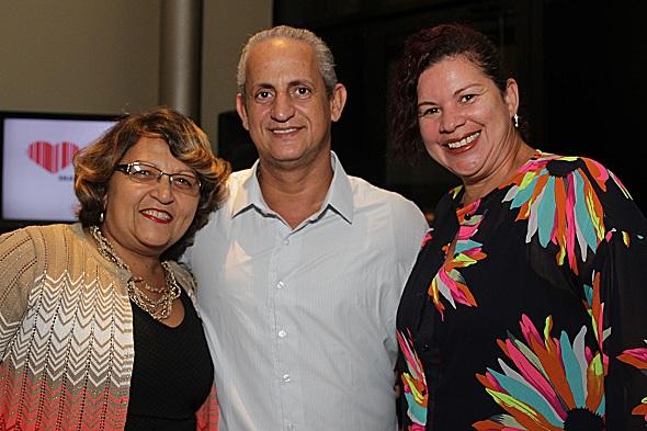 Dedê Silva, Eroilton Gomes e Rúbia Bezerra. Crédito: Roberto Ramos / DP