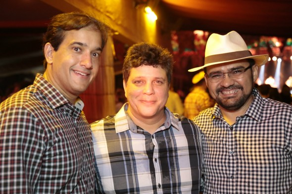 Ronnie Duarte Marles Medeiros e Marconi A