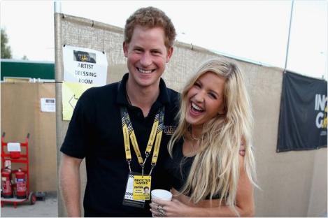 Príncipe Harry e a cantora  Ellie. Crédito: Reprodução/ Twitter