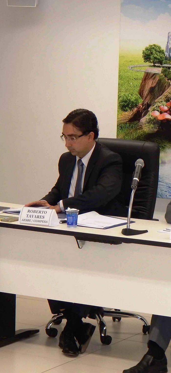 Roberto Tavares na reunião/Divulgação