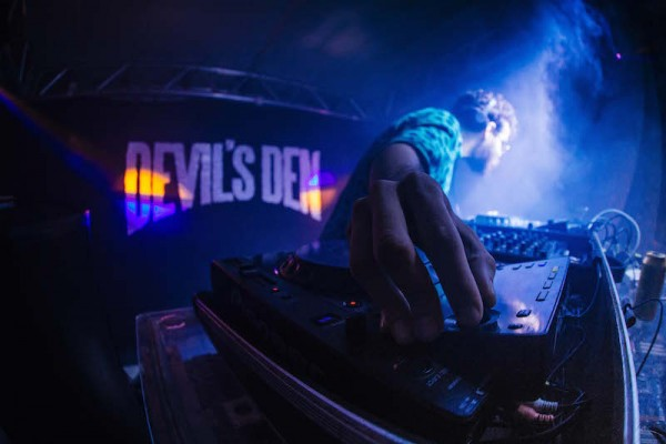 Devil's Den - Crédito: Lana Pinho/Divulgação