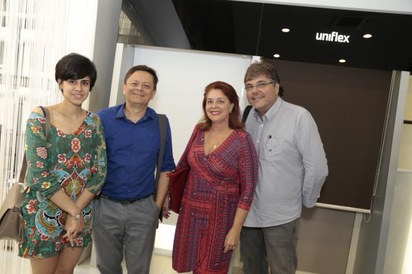 Mirella Simon, Alexandre Mesquita, Stela Simon, Carlos Simon - Crédito: Gleyson Ramos/Divulgação
