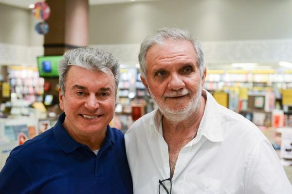 Edney Silvestre e Raimundo Carrero - Crédito: Thiago Medeiros/Divulgação