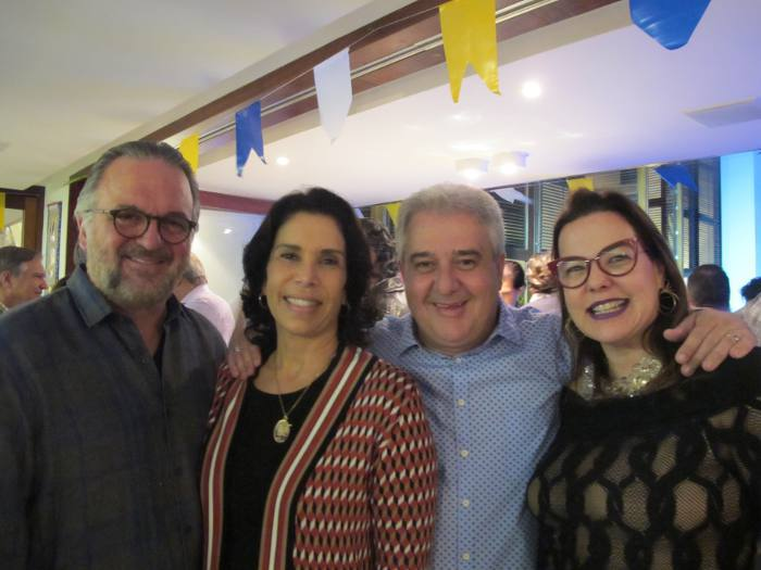 Francisco e Teresa Oliveira, Augusto e Isabela Coutinho