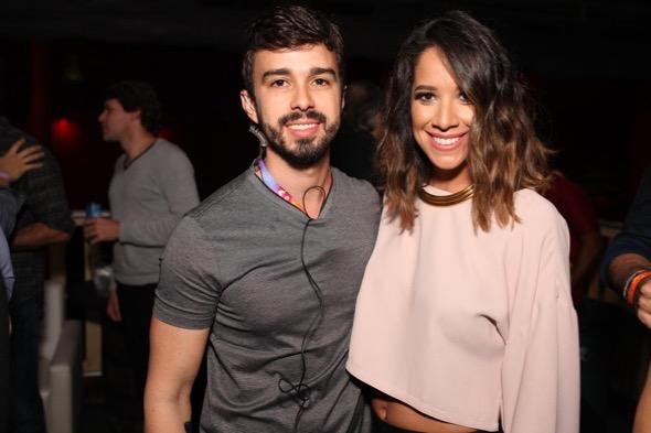 Rafael Lobo e Renata Barroca. Crédito: Vinícius Ramos / Divulgação