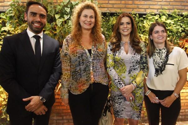 Bruno Guimaraes, Sandra Luque, Erica Drumond e Ana Paula Vilaça - Crédito: Ricardo Fernandes/DP
