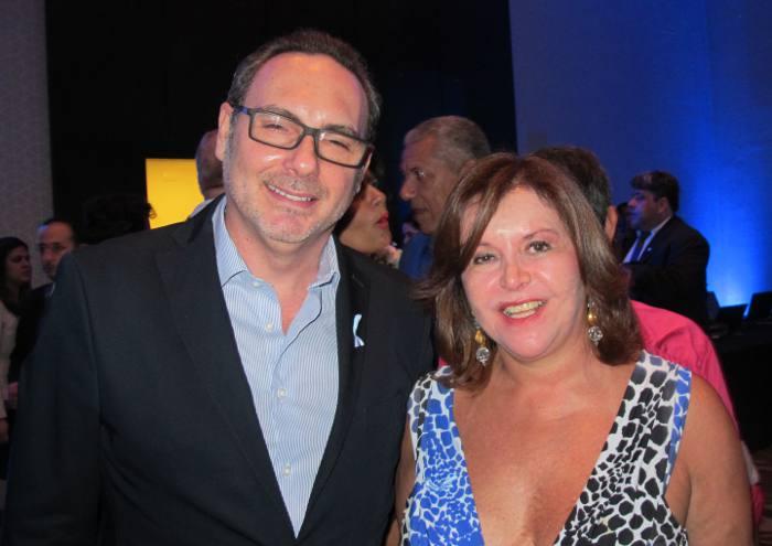 O cônsul português Marco Ferreira de Barros e embaixadora Maria Silvia Laurindo , representante do Itamaraty no Nordeste
