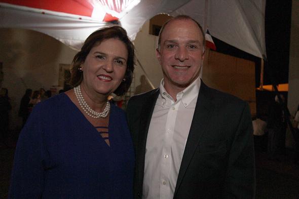 Cônsul dos Estados Unidos e esposa, Richard e Valéria Reiter