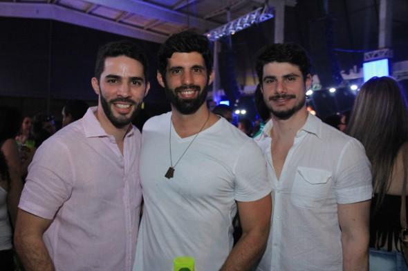 Gustavo Krause, Simon e Bernardo Carrazzone. Crédito: Luiz Fabiano/Leporte