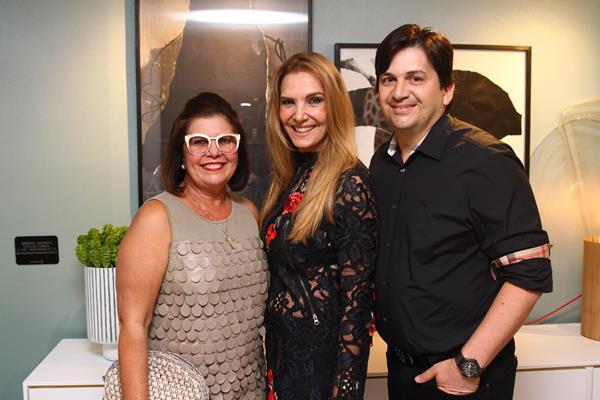 Naiade Lins, Silvia Wanderley e Doriva Medeiros - Credito: Rafael Martins/ Esp. DP