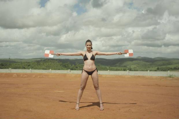 """Cena do filme """"Brasil S/A"""": trama trata do trabalho no campo"""