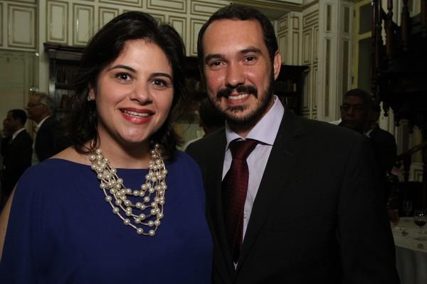 Priscila Krause e seu esposo Jorge - Crédito: Roberto Ramos/DP
