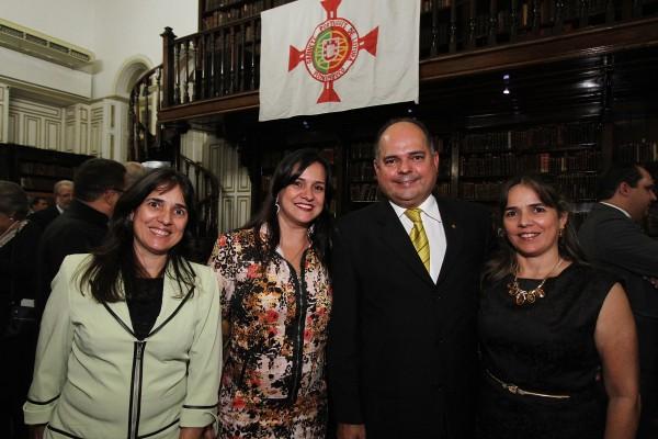 Suely, Celia, Celso e Sonia Gaspar - Crédito: Roberto Ramos/DP