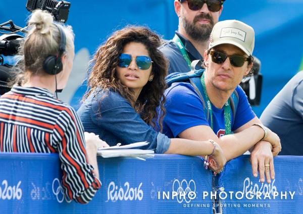 Camila Alves e Matthew McConaughey - Crédito: Reprodução/Twitter
