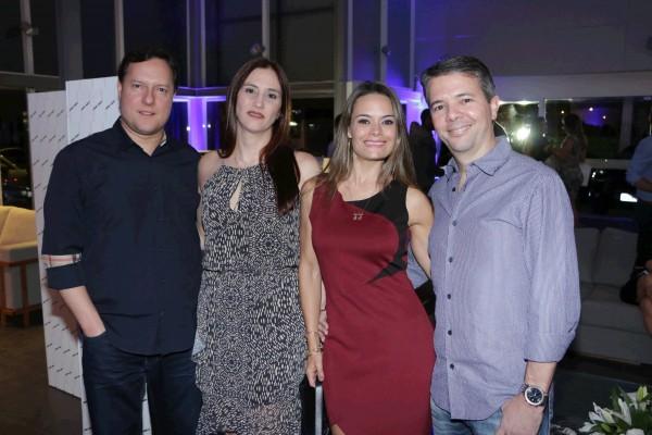 Paulo Jorge e Ana Sauders com Márcia e Fábio Casanova - Crédito: Bruno Maia/Divulgação