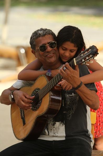 Especial dia dos Pais com Maciel Melo e sua filha Anabela. Crédito: Peu Ricardo/Esp.DP