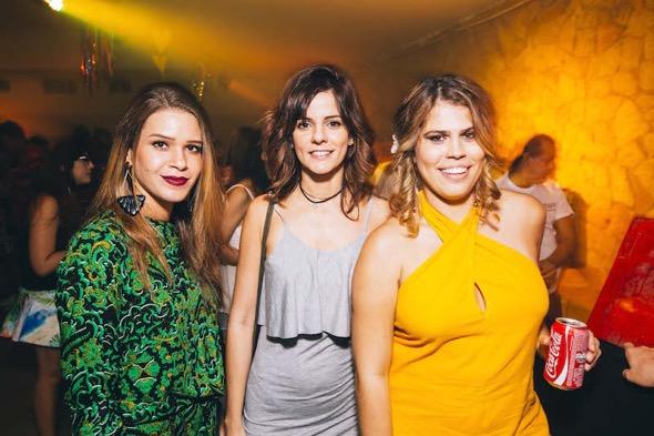 Cris Malta, Carmen Pinho e Naiara Cândido. Crédito: Lana Pinho / Divulgação