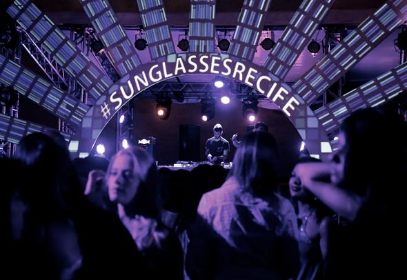 Crédito: Sunglasses / Divulgação