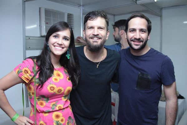 Isabela Dourado, Saulo e Caca Valle - Crédito: Luiz Fabiano/Divulgação
