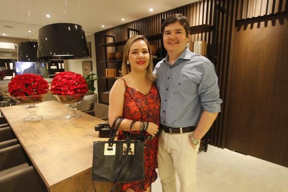 Kelly Luna e Paulo Acosta. Crédito: Ricardo Fernandes / DP