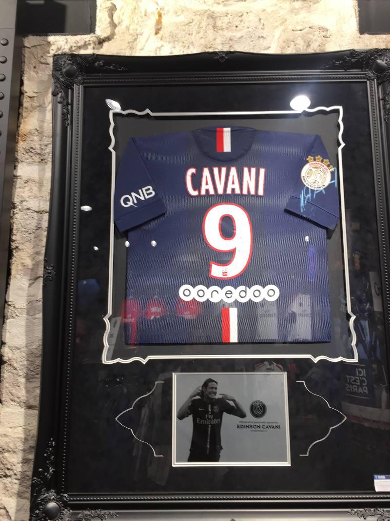 Destaque para o uruguaio Cavani