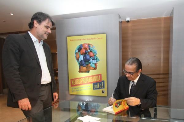 Raul Henry e Antônio Lavareda - Crédito: Nando Chiappetta/DP