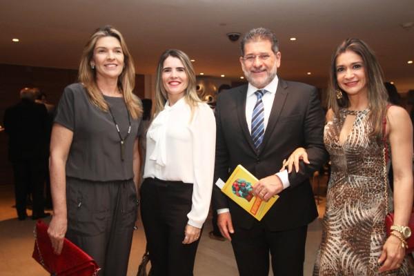 Marcia Ribeiro, Isabelle Gayoso, Luiz Mario Moutinho e Cristiana Fontes - Credito: Nando Chiappetta/DP