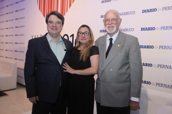 Oscar, Lara e Paulo Henrique Ventrilho. Crédito: Nando Chiappetta / DP