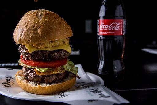 Hambúrguer Dom Zé Davi - Crédito: Dom Black/Divulgação