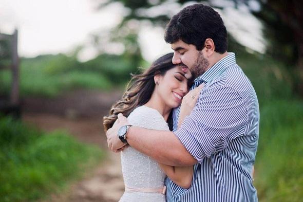 Laurinha Marinho e Rodrigo Veloso. Crédito: Gabriela Barros / Divulgação