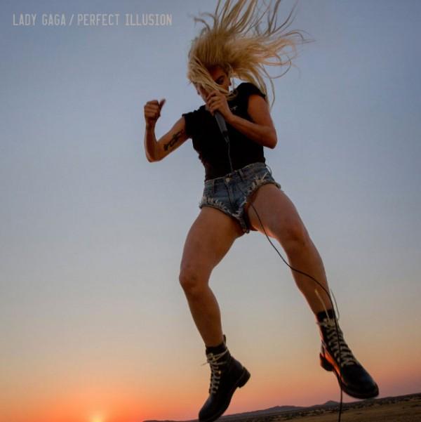 """A capa de """"Perfect Illusion"""" - Crédito: Divulgação"""